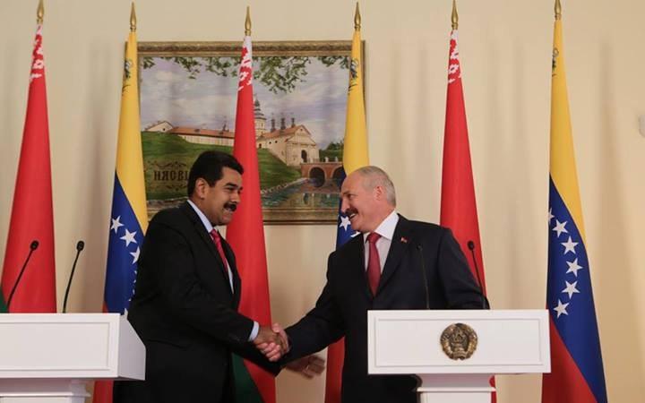 Беларусь будет строить новые заводы в Венесуэле