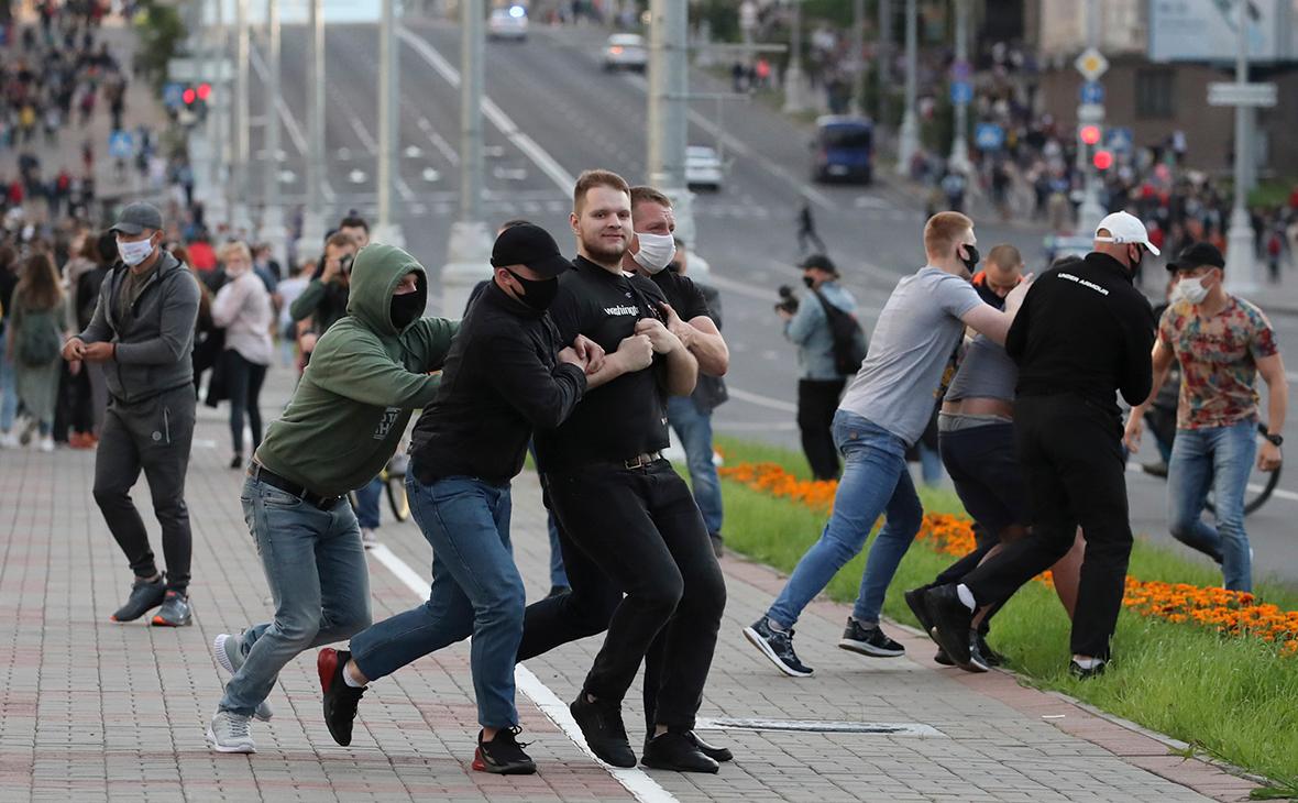 МВД сообщило о задержании 250 человек, СК возбудил уголовное дело