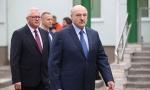 """Лукашенко рассказал, как будут """"резать людей на куски"""", а также о санкциях и костелах"""