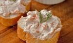 бутерброды с рыбной пастой