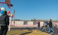 Велком построил стадион для детей-инвалидов