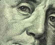 Доллар опустился