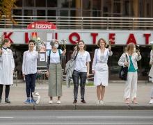 Пятый день протестов начался с цепей солидарности