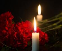цветы и свечка