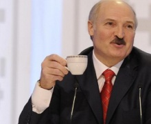 Лукашенко с чаем