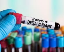 В России небывалая вспышка COVID-19, 90% заболевших заражены индийским вирусом Дельта