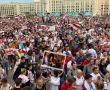 Лукашенко заявил, что не допустит транзита власти: президента должен выбрать народ