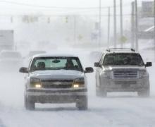 авто на зимней дороге