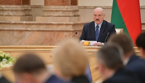 Лукашенко заявил о провале экспорта в Беларуси