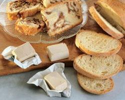 хлеб и дрожжи