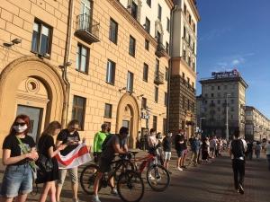 В центре Минска 19 июня снова стоят «цепи солидарности»