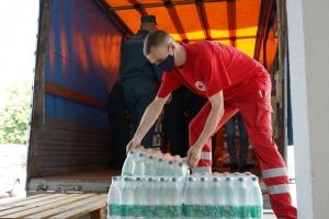 Coca-Cola в Беларуси передала питьевую воду минским медучреждениям