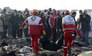 Украинский Боинг сбили иранские военные по ошибке