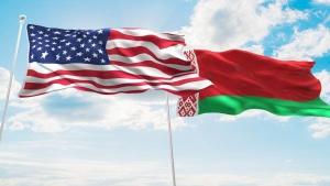 флаги Беларуси и США