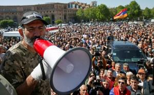 Армения продолжает акции протеста