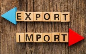 Вырос экспорт молока и калия, упали продажи нефти и говядины