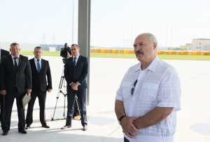 Лукашенко на МЗКТ предупредил, что может быть больно
