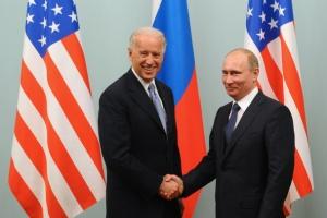 Путин и Байден провели первые телефонные переговоры «откровенного характера»