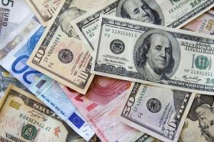 Если российский рубль не восстановится, доллар в Беларуси может подорожать до 2,1