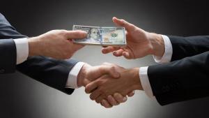 «Сдай коррупционера - получи деньги»: как будут платить информаторам