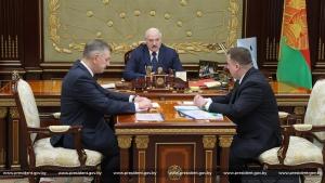 Лукашенко будет развивать в стране производство стрелкового оружия