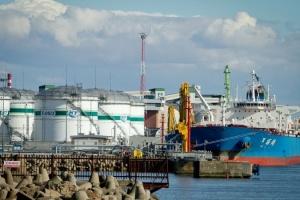 В Беларусь едет российская нефть без премии. Кто отправитель – не сообщают