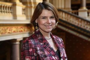Фионна Гибб, Беларусь, реформы, политика
