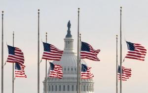 Дональд Трамп, США, расстрел людей, Огайо, Техас, траур по жертвам массовых убийств