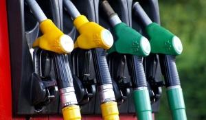 Белнефтехим, цена на бензин, цена на топливо, Беларусь, Нафтан, Андрей Рыбаков