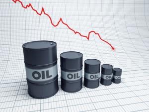 Цены на нефть рухнули на мировых рынках