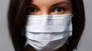 Как уберечься от коронавируса: Минздрав рассказал, поможет ли маска