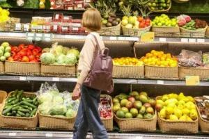 Опрос Нацбанка: граждане хранят сбережения в наличной валюте и ждут высокой инфляции