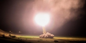 Иран выпустил более 10 ракет на американские объекты в Ираке