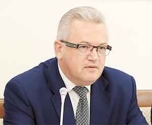 Игорь Карпенко, гимназии, школы, Минобразования, Беларусь