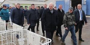 """Лукашенко в """"Купаловском"""""""