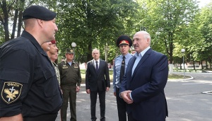 В чем убедился Лукашенко, посещая войска МВД