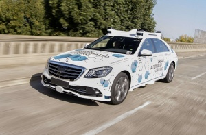 Bosch и Mercedes-Benz тестируют сервис по беспилотному каршерингу