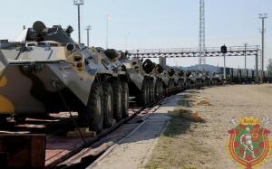 Первые эшелоны с российскими военными прибывают в Беларусь