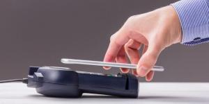 оплата покупок смартфоном, Беларусь, Приорбанк, HCE, Сергей Шишов, Visa payWave