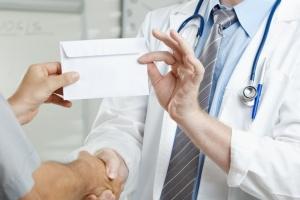 Лукашенко о здравоохранении: нужно всех привести в чувство