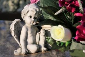 Виды и формы надгробий для мужчин и женщин: отличия