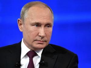 Путин рассчитывает, что никто не будет навязывать какие-то решения белорусскому народу