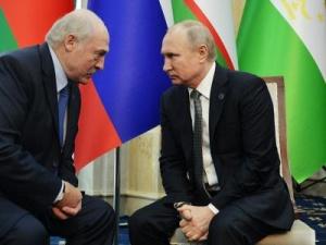 Путин позвонил Лукашенко и сделал предложение по поставкам нефти