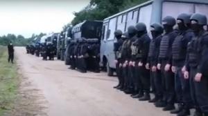 Россия отводит силовиков от границы с Беларусью