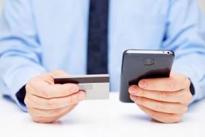 В БСБ Банке теперь можно зачислять зарплату и отправлять документы со смартфона