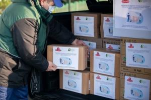 «Санта Бремор» передала сельским школам средства защиты от COVID-19
