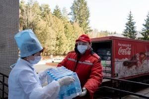Более 1350 литров питьевой воды поступили бесплатно в госпиталь им. Машерова