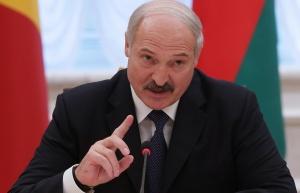 Лукашенко о коронавирусе: мы должны держать в уме вторую волну Эпидситуация в Беларуси постепенно улучшается, но расслабляться не стоит. Об этом заявил Александр Лукашенко 25 мая на совещании по насущным вопросам в Минске, передает пресс-служба президента