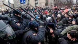 В России на акциях протеста задержано более 4 500 человек