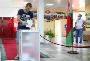 Лукашенко обещает не предпринимать никаких репрессий